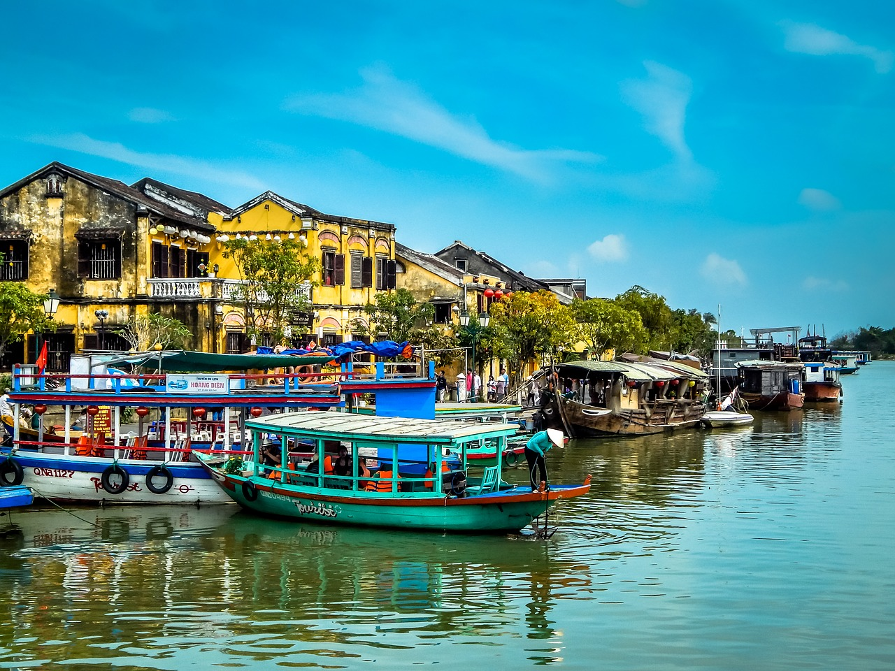 Discover Vietnam Small Group Tourimage