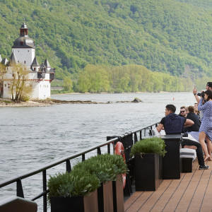 Rolling on the Rhine