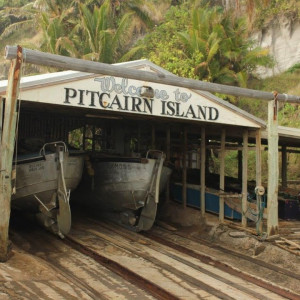 Pitcairn Island Tour with Tahiti Stopover