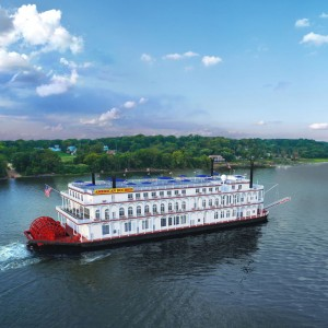 Kentucky Derby 2018 & Steamboat Cruise