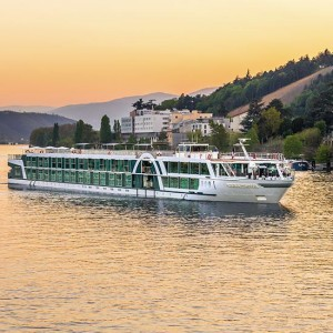 Burgundy & French River Cruise