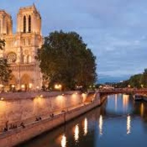 Fly to Paris with Singapore Airlines