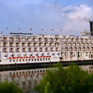 Jewels of the Lower Mississippi River Cruise ex Memphis